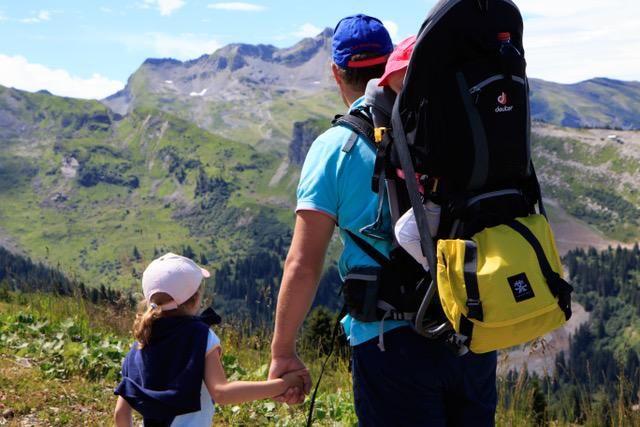 A photo Myrthe took of her daughters and husband on a hike overlooking a beautiful mountainside